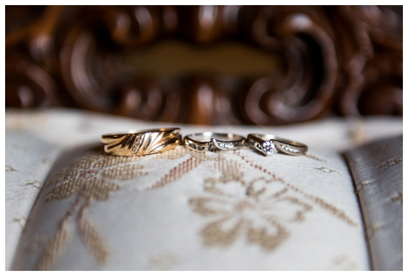 Wedding Ring Photography - Willow Lane Barn