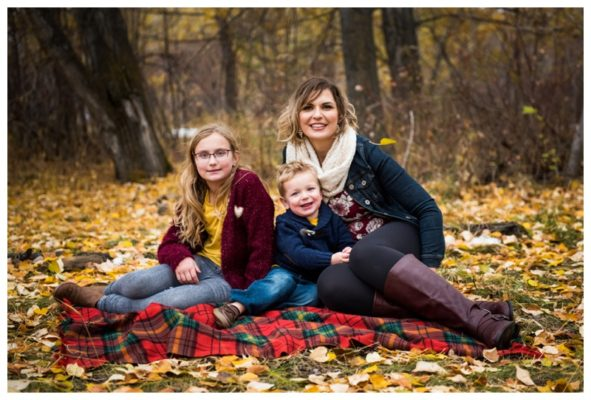 Calgary Mom and Me Family Session | Calgary Family Photographer