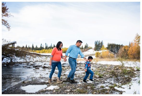 Fish Creek Park Family Maternity Session | Albert & Judy | Calgary Maternity Photographer