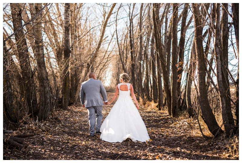 Willow Lane Barn Wedding Photography - Bride & Groom Photography
