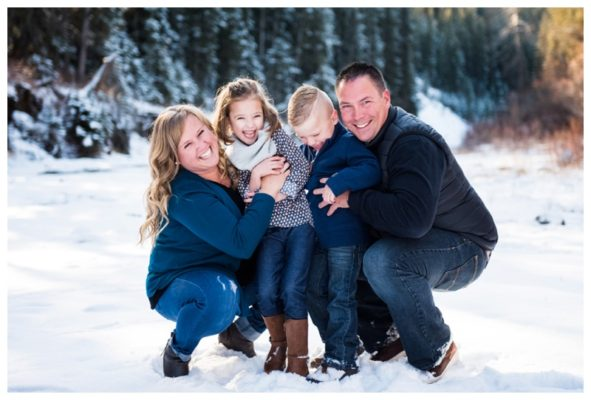 Calgary Winter Family session | The Verity's | Calgary Family Photographer