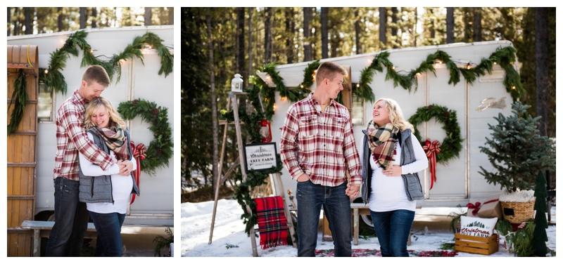 Calgary Holiday Mini Sessions - Calgary Maternity Photographer