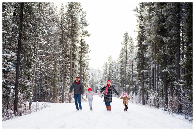 Winter Christmas Minis Calgary - Calgary Family Photographer