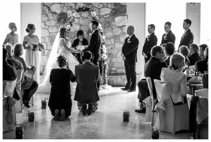 Can Photographers & Videographers Get Along On A Wedding Day