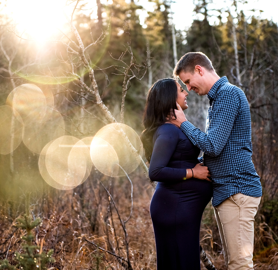 Calgary Maternity Photographer