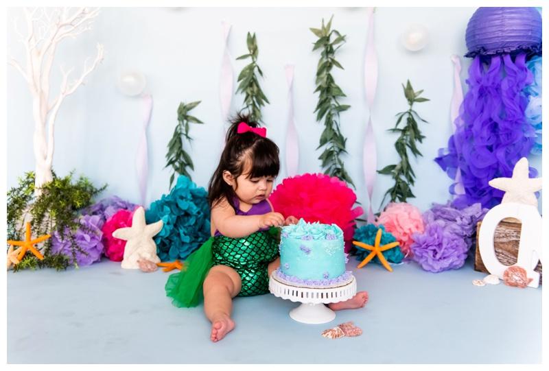 Calgary Cake Smash Photographyer