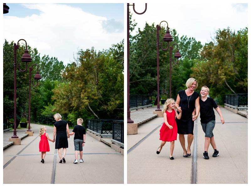 Calgary Family Photographer - Calgary Lindsay Park