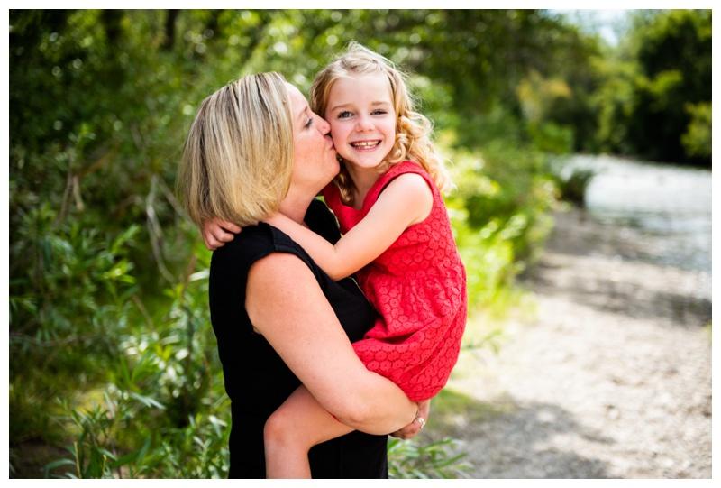 Lindsay Park Family Photographer Calgary