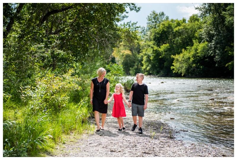 Lindsay Park Family Photographers Calgary