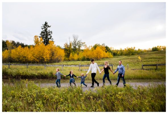 Autumn Fish Creek Park Family Session   The Brown's   Calgary Family Photographer