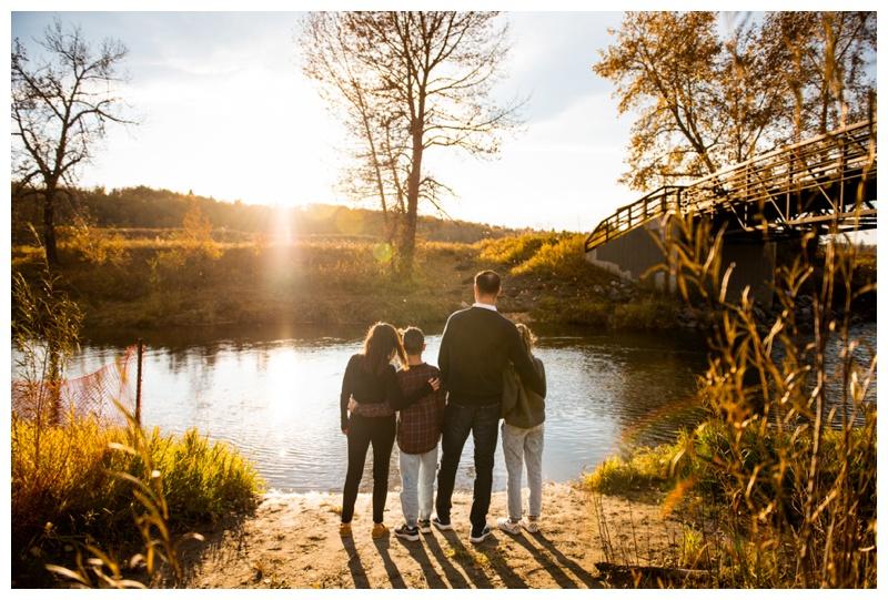 Calgary Fish Creek Park Family Photographer