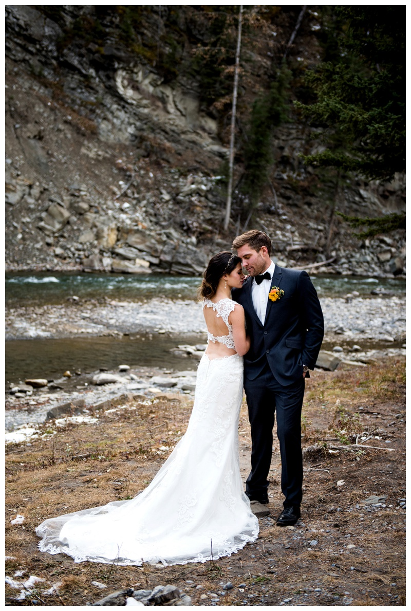 Calgary Wedding Photographers - Ghost River Crossing