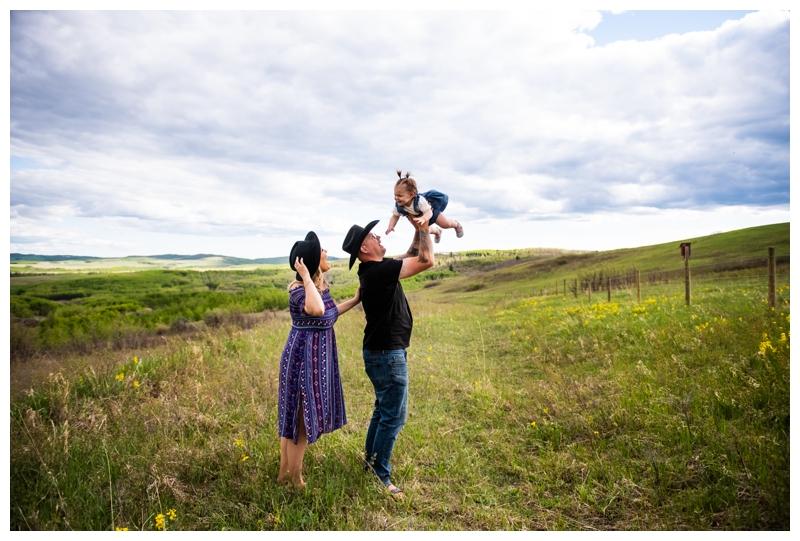 Calgary Spring Family Photographer
