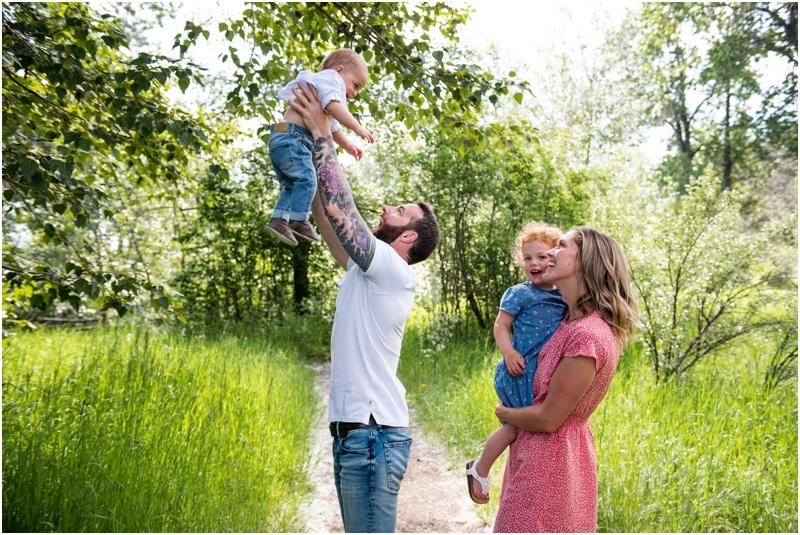 Calgary Family Photos - Pearce Estate Park