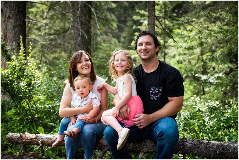Calgary Alberta Summer Family Photographers - Shannon Terrace Fish Creek Park