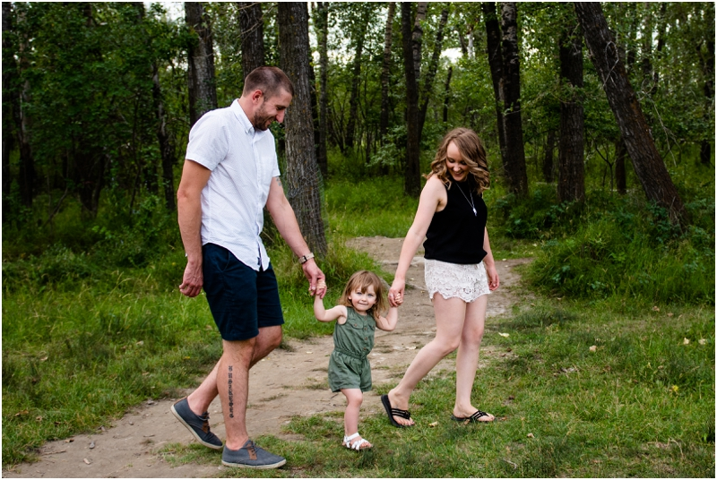 Calgary Carburn Park Family Photographers
