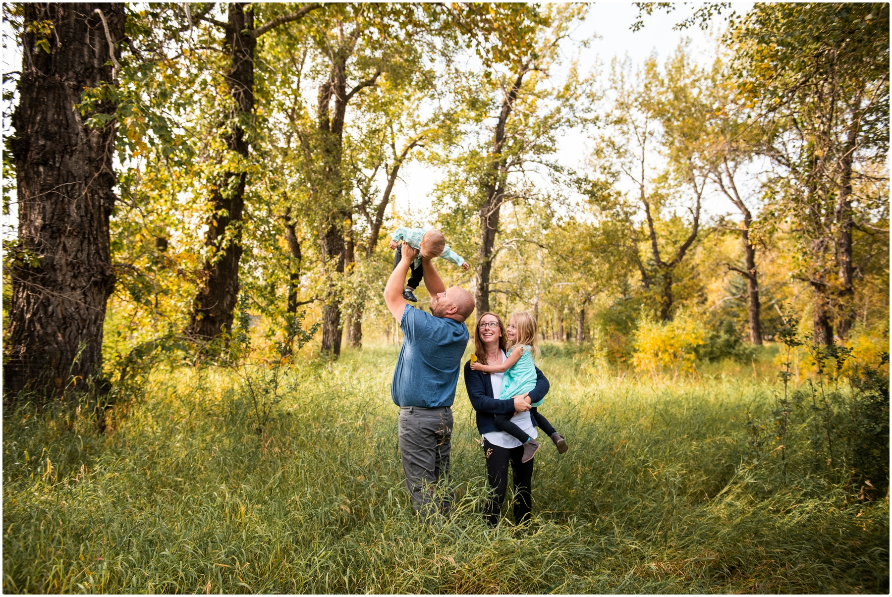 Calgary Alberta Autumn Pearce Estate Park Family Photos