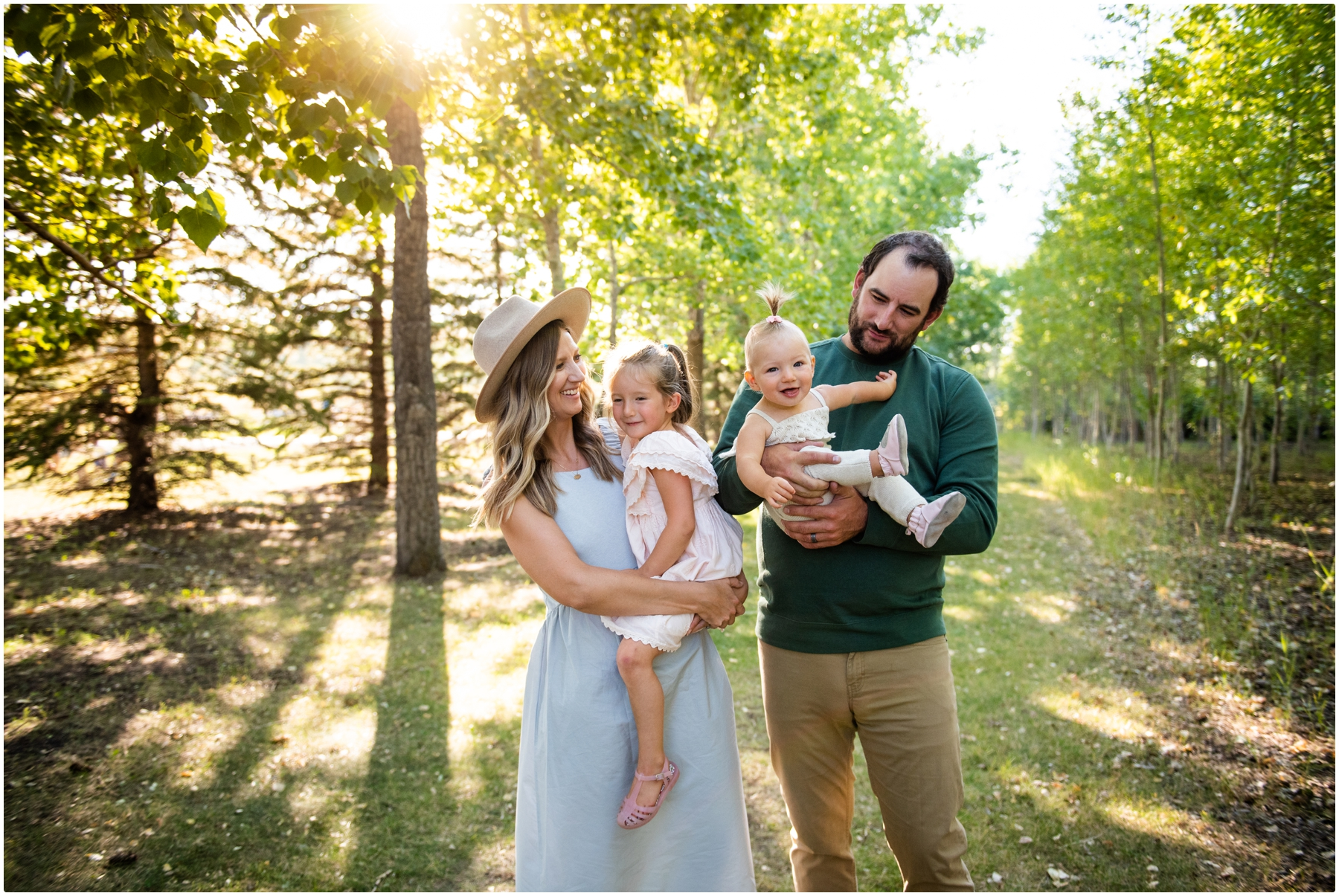 Calgary Sunset Family Photographers