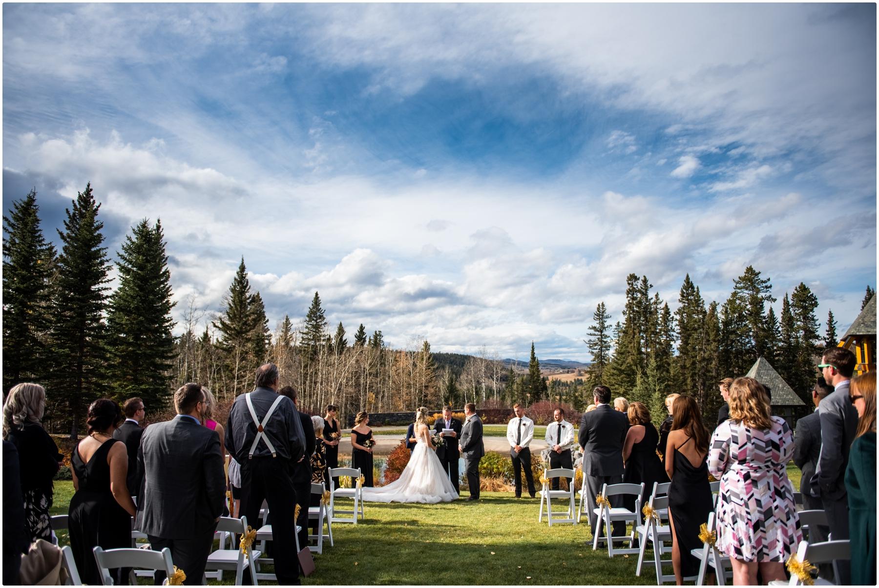 Autumn Azuridge Estate Hotel Wedding Outdoor Ceremony Photographers - Azuridge Estate Hotel Wedding