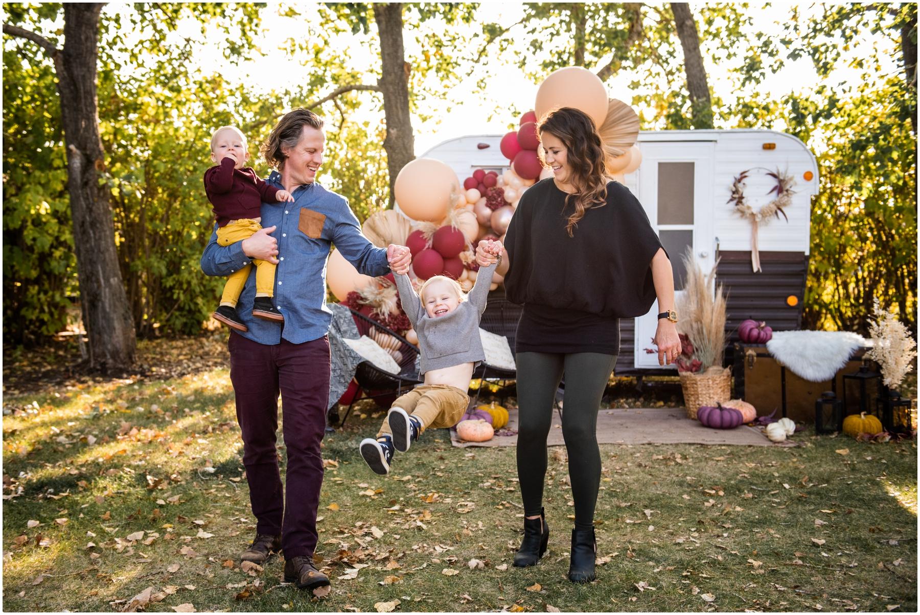 Autumn Happy Camper Photo Session Calgary - Fall Mini Session Photos