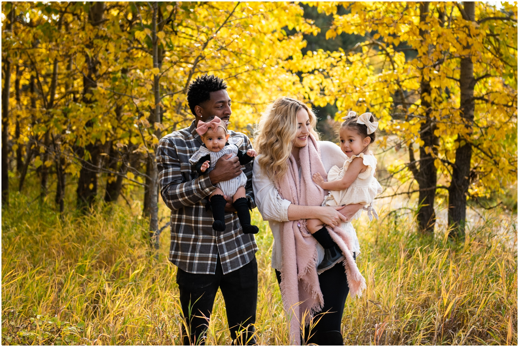 Calgary Shannon Terrace Family Photographers