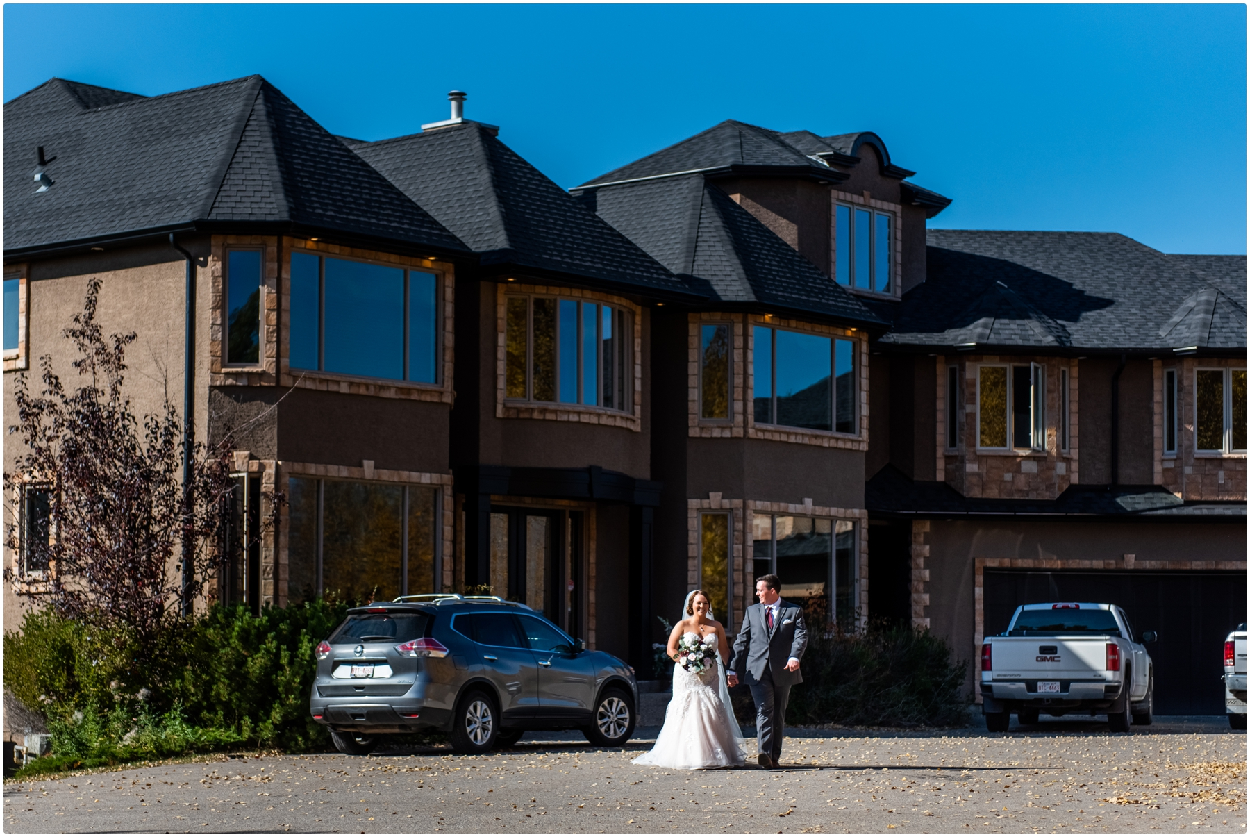 Cochrane Mansion Backyard Wedding Ceremony Photos