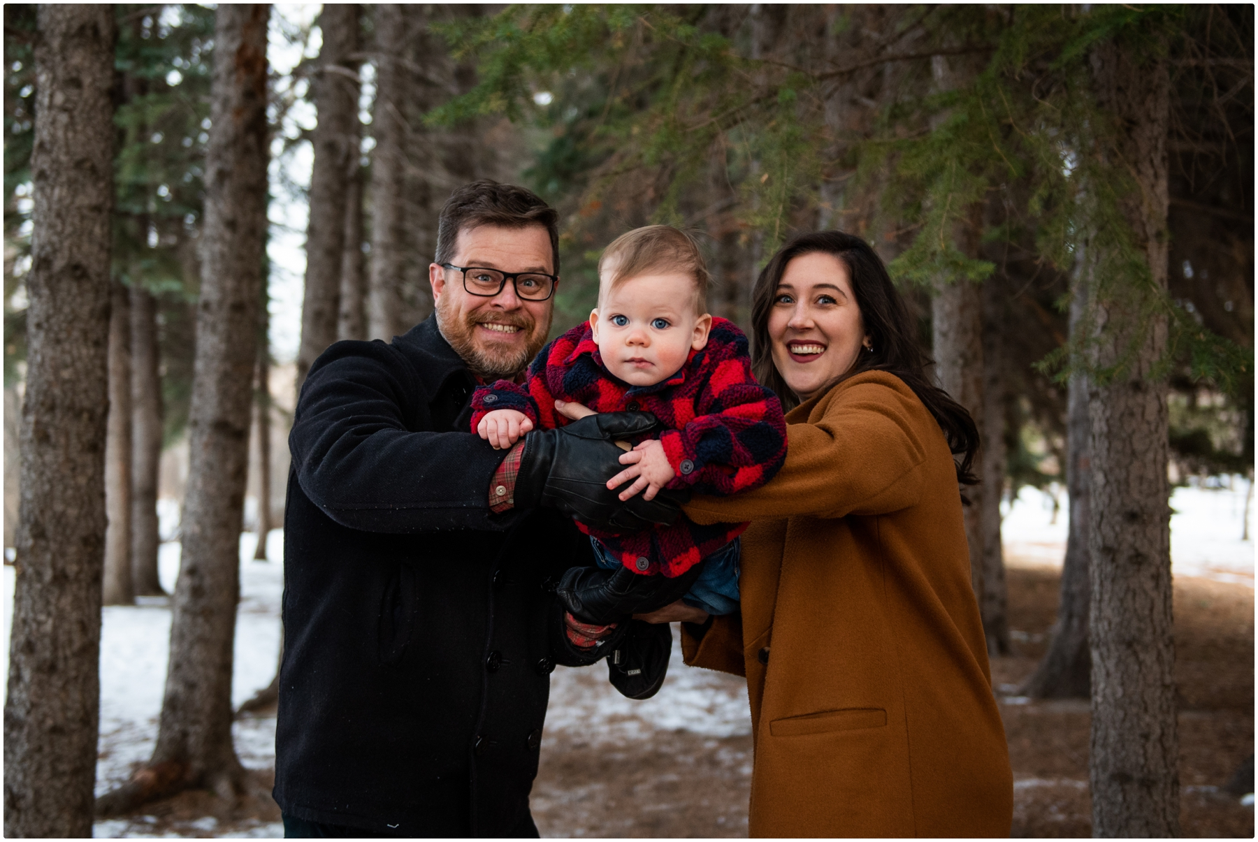 Calgary Winter Edworthy Park Family Photos