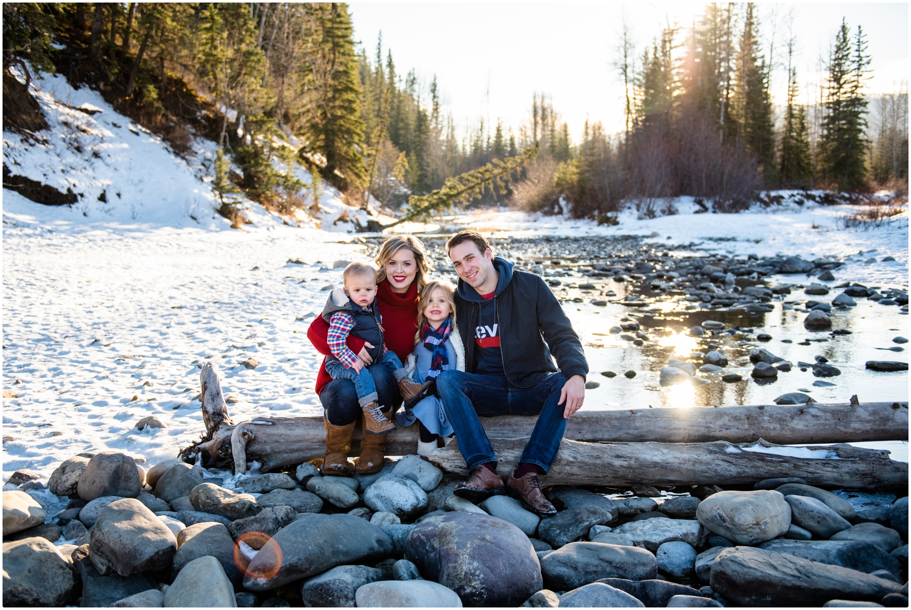 Calgary Winter Family Photos - Bragg Creek Provincial Park