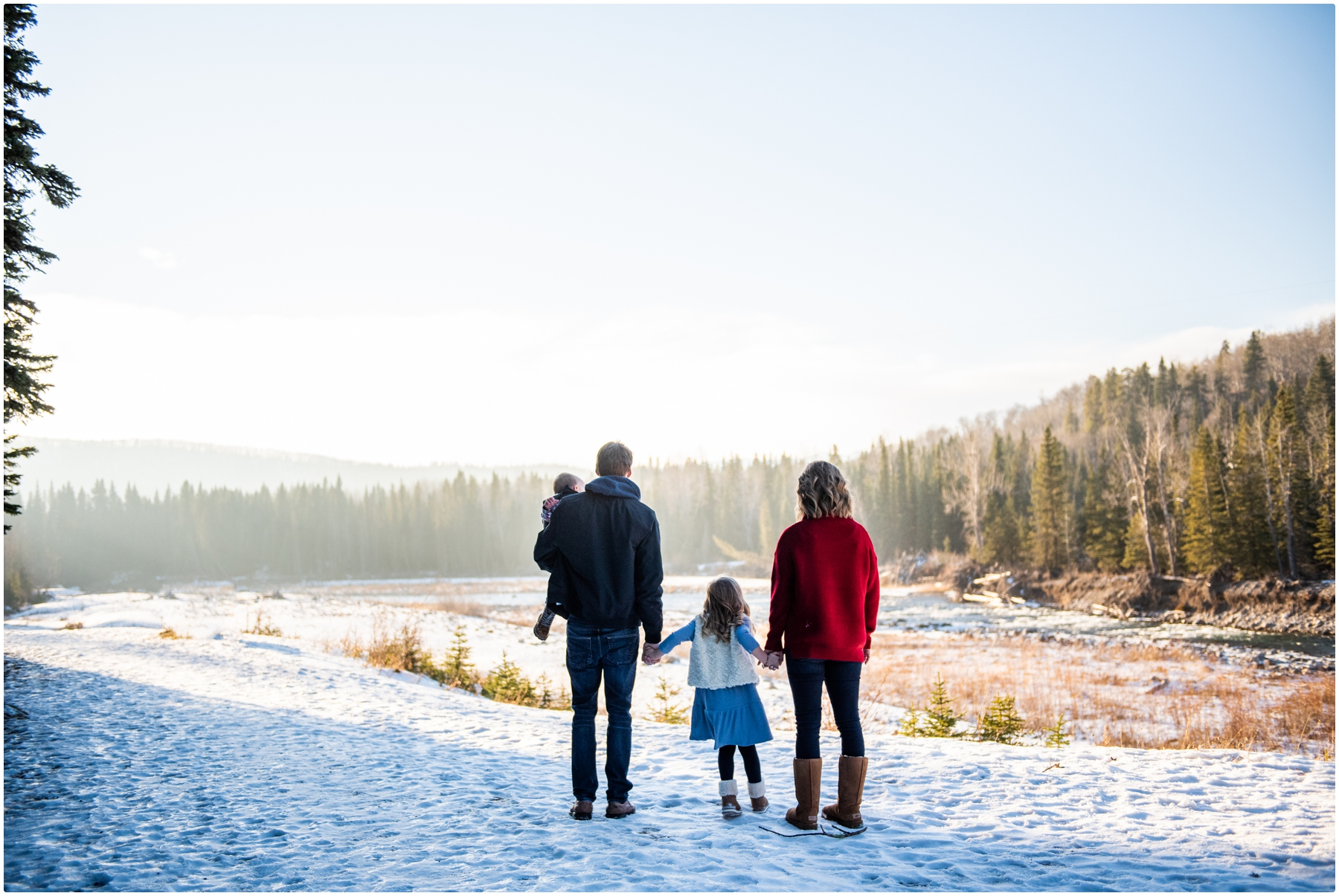 Winter Family Photos - Bragg Creek Provincial Park