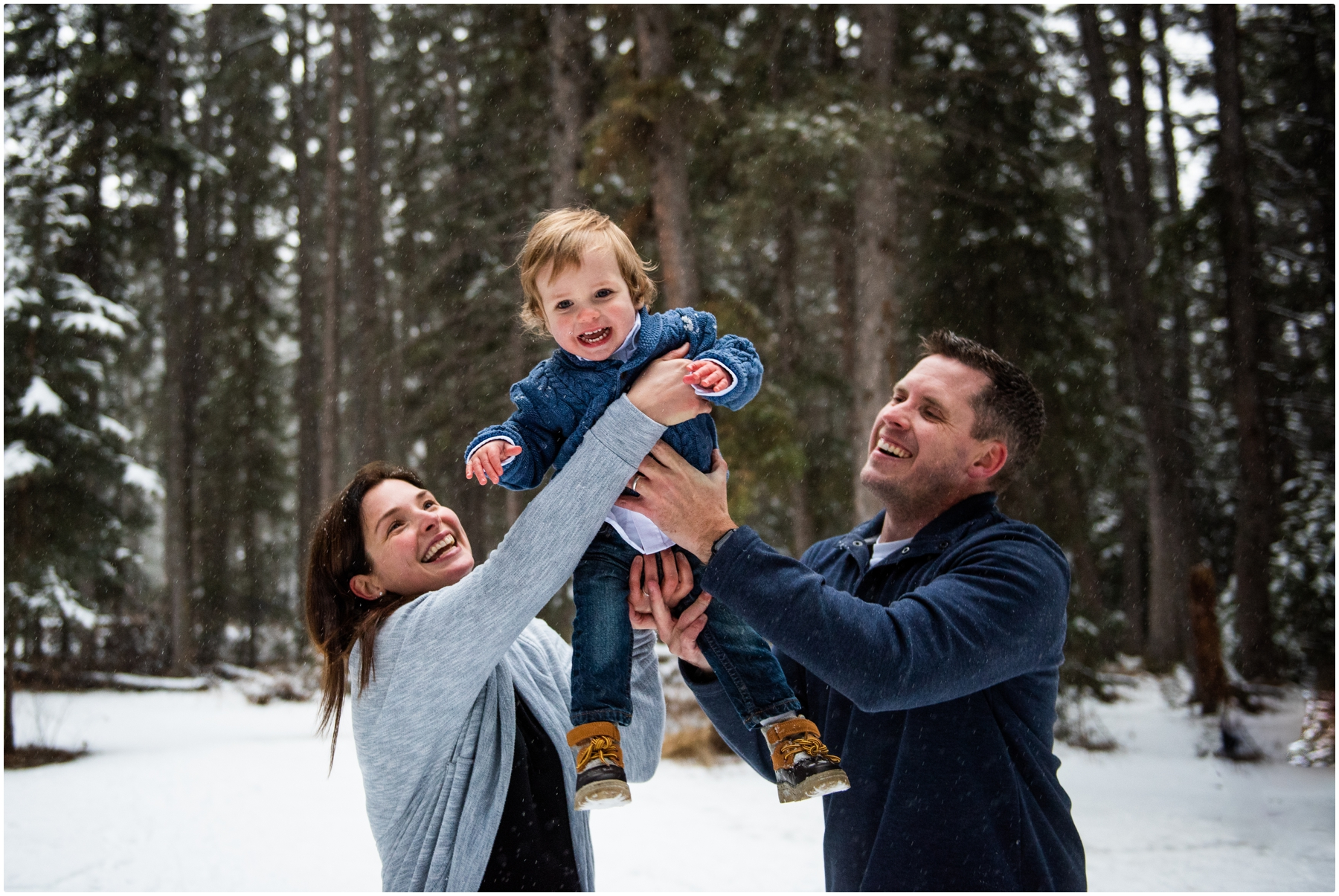 Family Photographer Calgary Alberta - Fish Creek Park