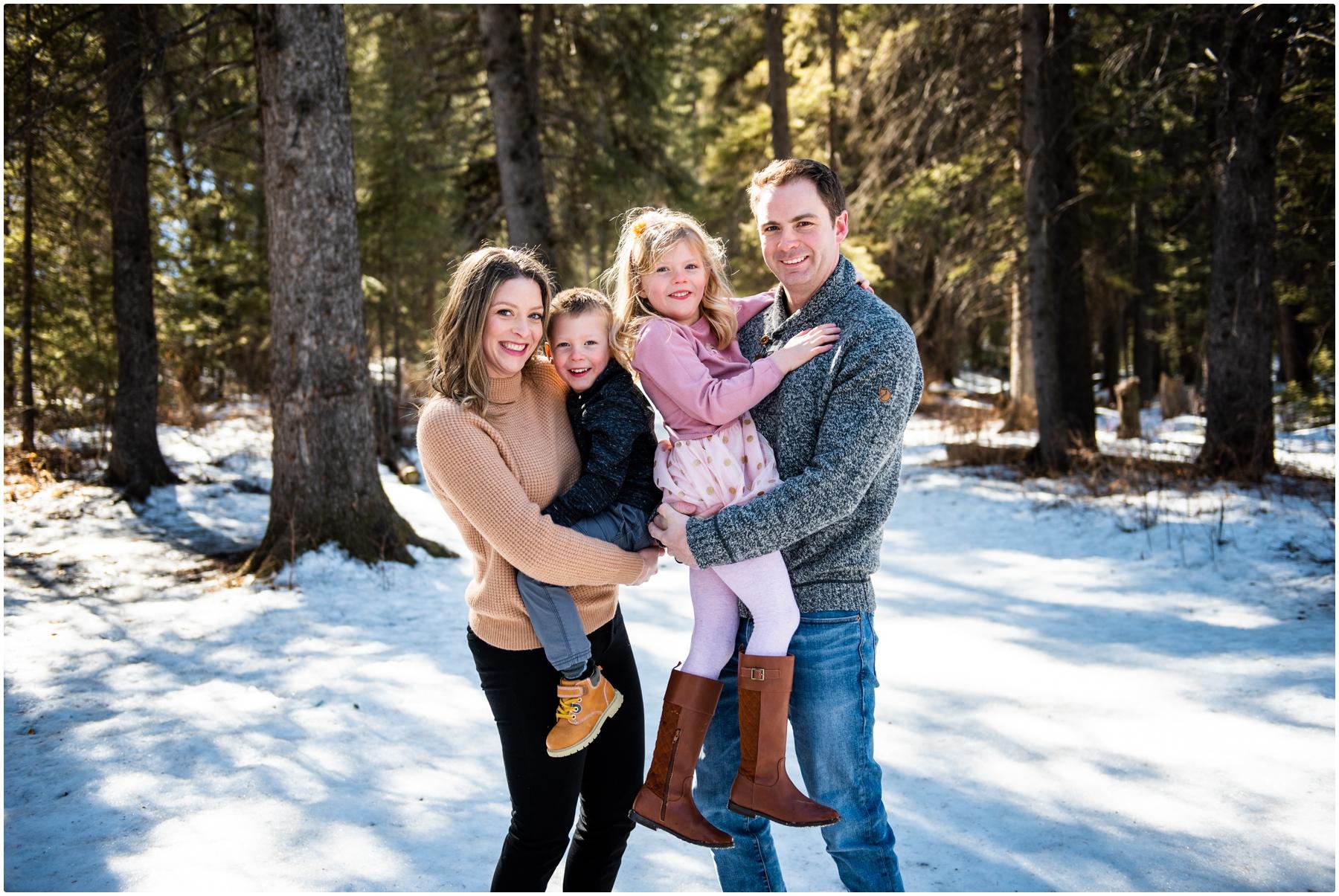 Calgary Alberta Winter Family Photography