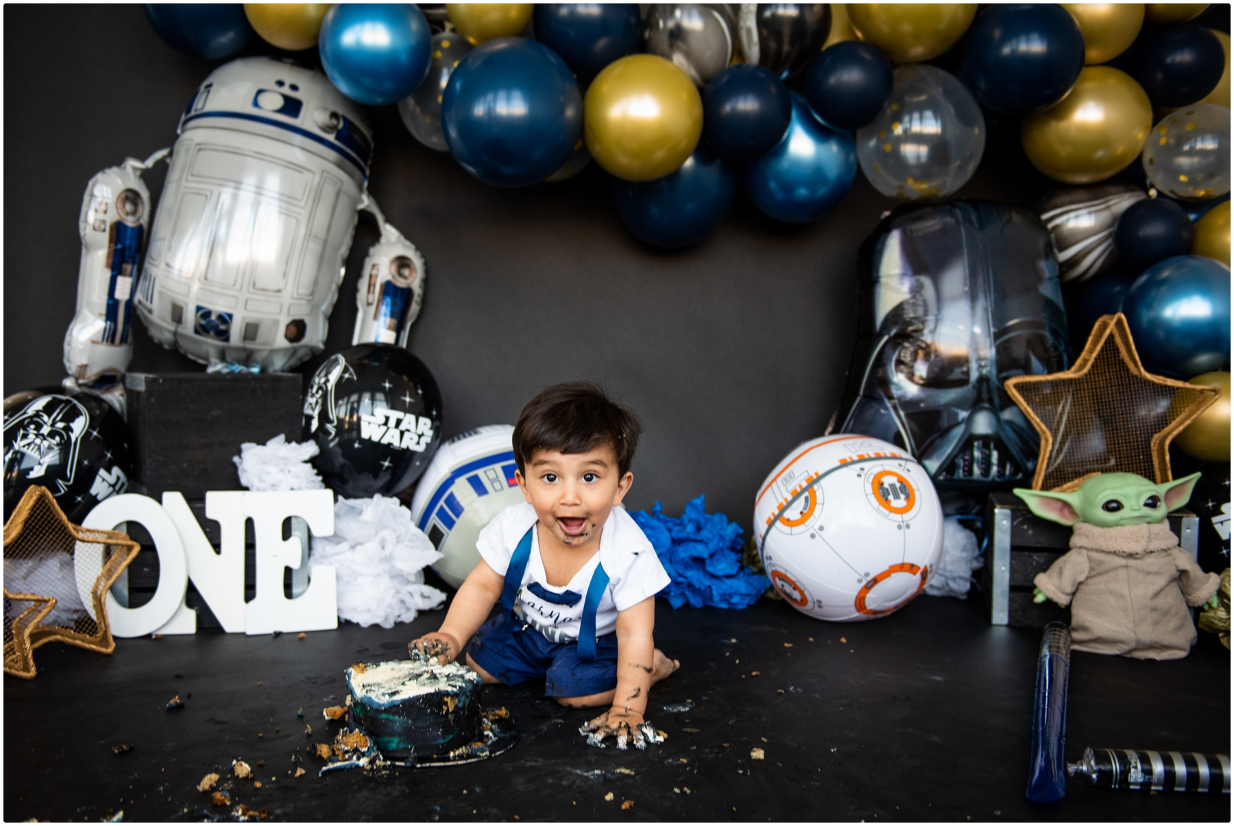 1st Birthday Cake Smash Photos Calgary - Star Wars Cake Smash