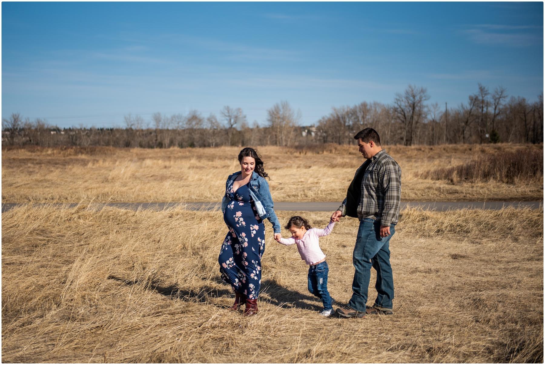 Family Maternity Photographers Calgary