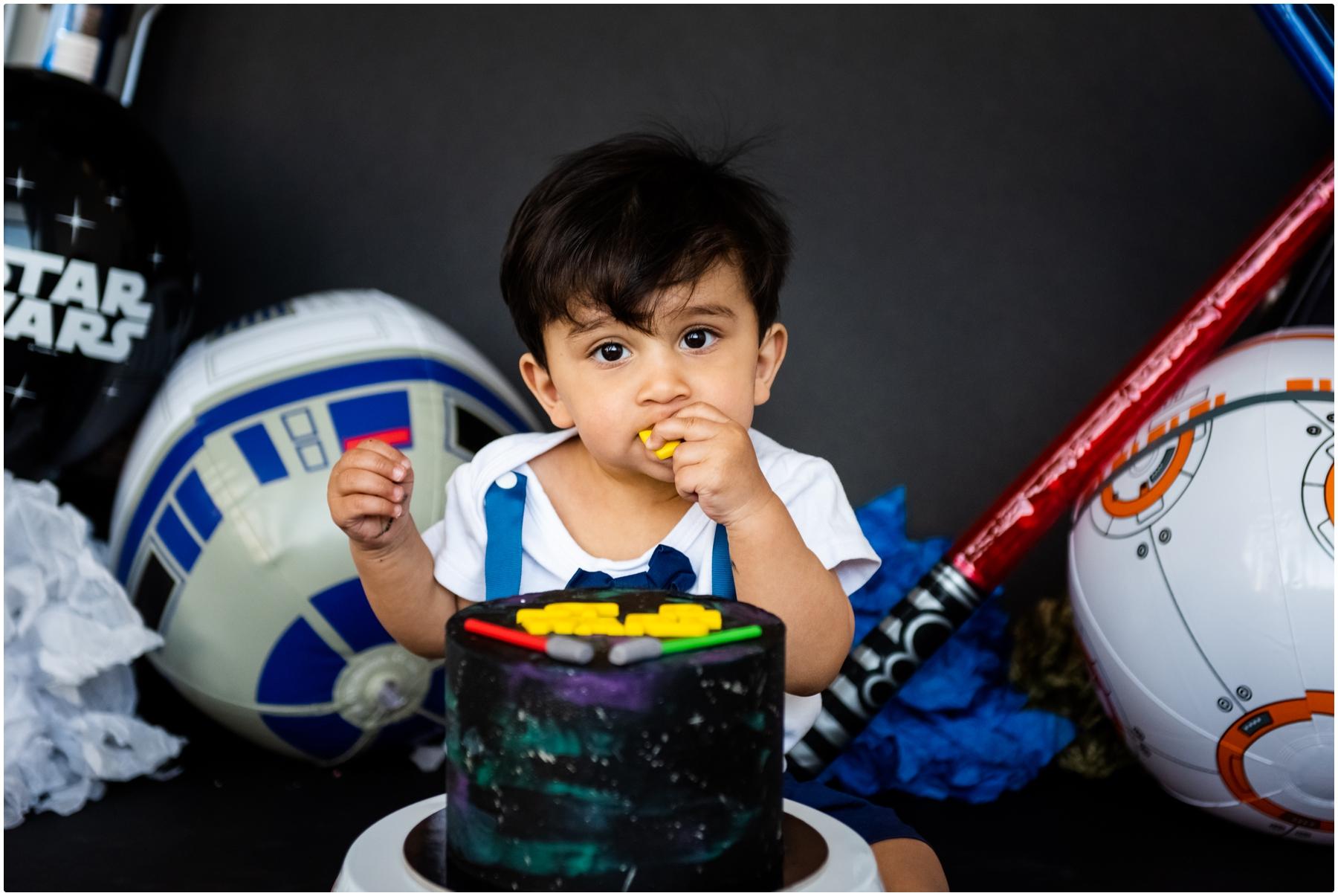 First Birthday Cake Smash Photos Calgary - Star Wars Cake Smash