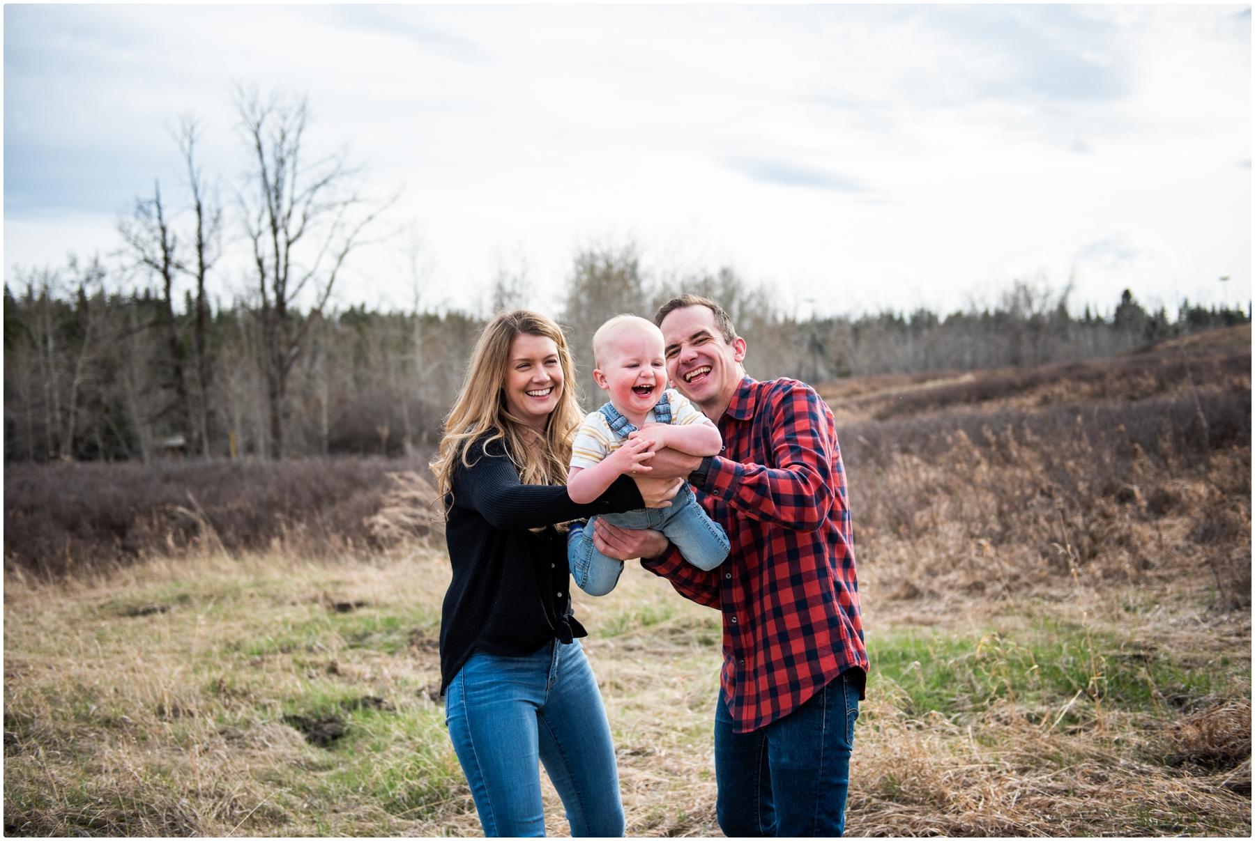 Calgary Fishcreek Park Family Photographers