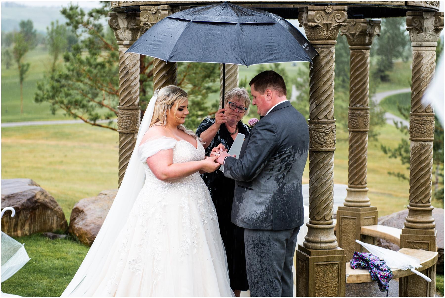 Calgary Golf Course Wedding Photographer