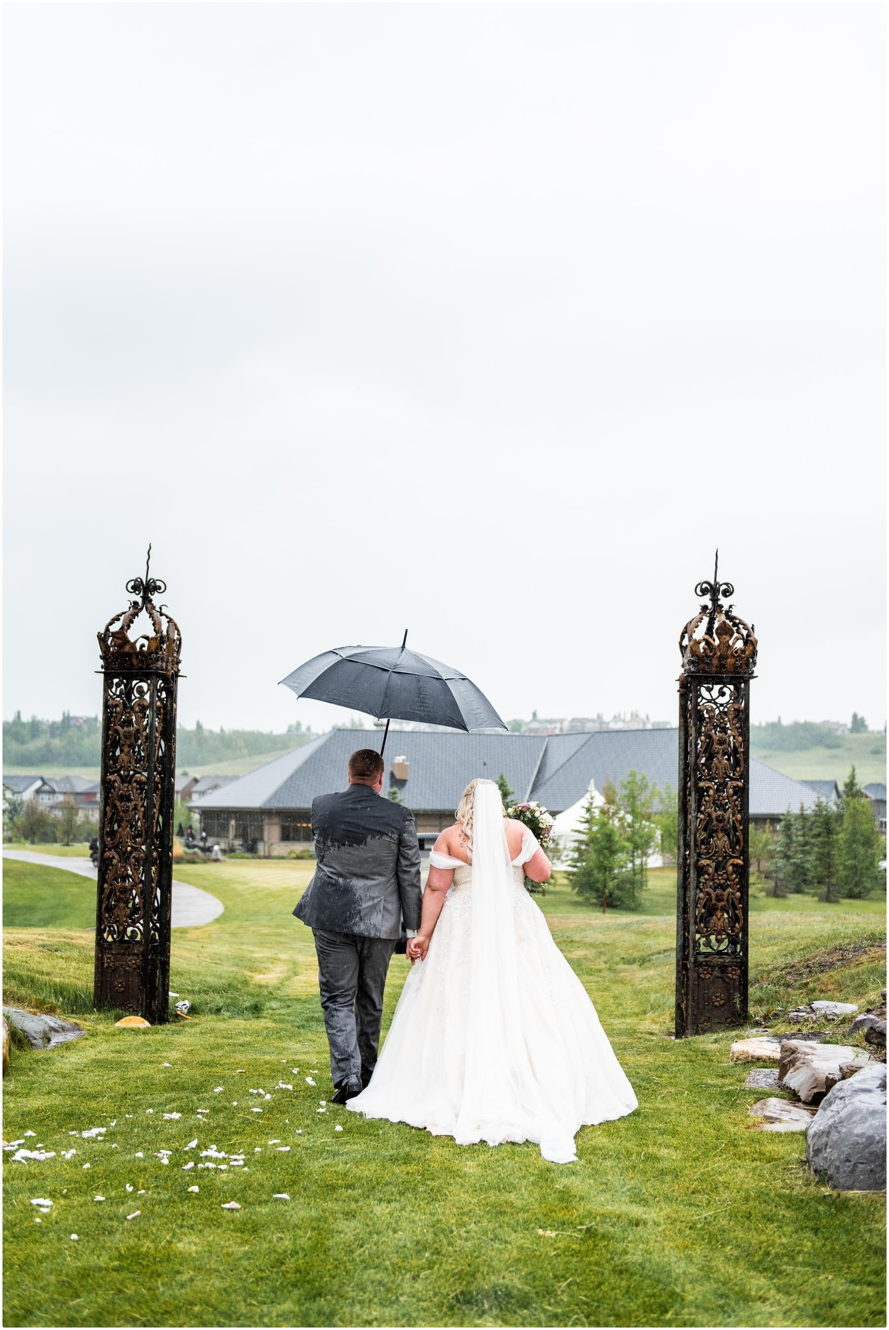 Calgary Golf Course Wedding Photos- Blue Devil Golf Course